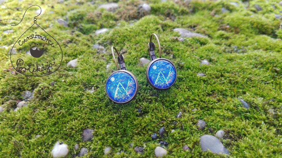 Cserszömörce Portékája - Kék hegyek füli